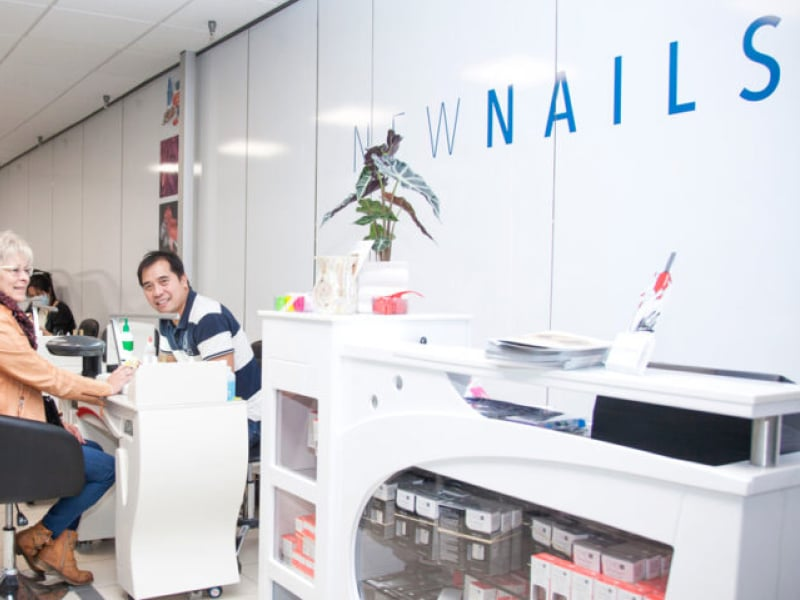 new nails butik facade
