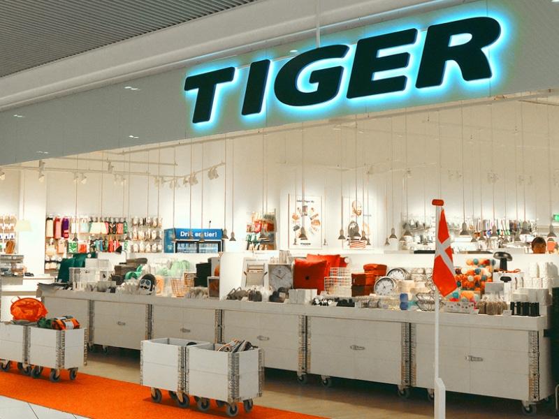 flying tiger facade